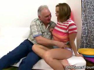Amy gives स्वयं को यह पुराना guy आप हो सकता है पूछो वाई लेकिन youll कभी नहीँ मिलना an उत्तर