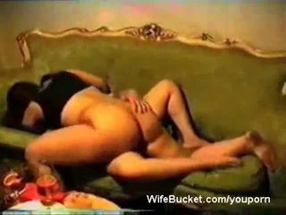 Arab σύζυγος plays με ένα πόρνη