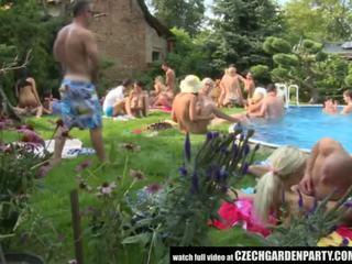 צ'כית פתוח אוויר סקס מסיבה - פורנו וידאו 931