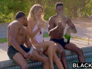 Blacked natalia starr services athletes bbc: gratis porno 0e