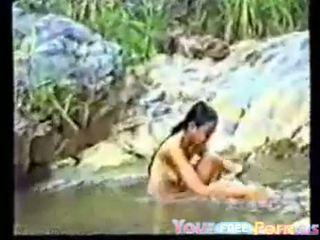 Søt vietnamesisk tenåring