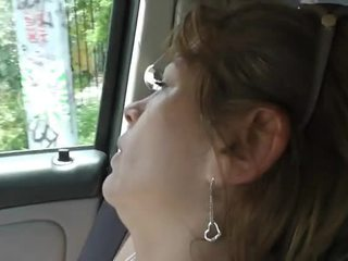 Guy chloroforms une prostituée