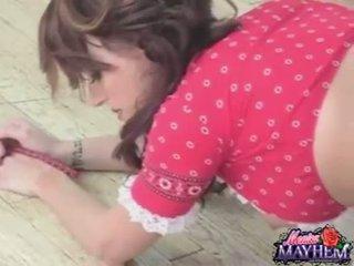 Monica mayhem takes off polka undies and rubs her soçniý love tunnel