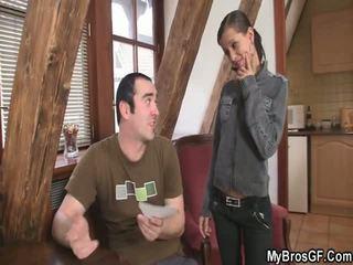 Bf finds tema tüdruk cthat guyating