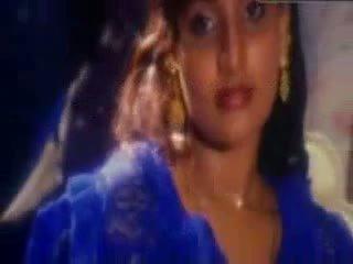 Indisch actrice babilona baden en neuken