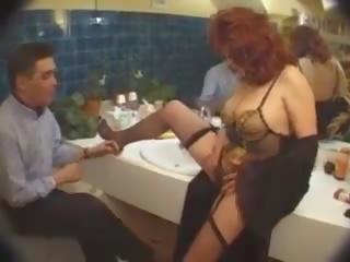 Francūzieši salope: bezmaksas orgija porno video af