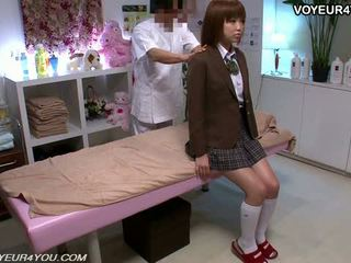 Japonesa jovem grávida escola gaja corpo massagem