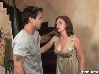 Seksi kanssa iso tissi hottie