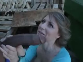 Peluda maduros dumpster rat loves inter-racial anal