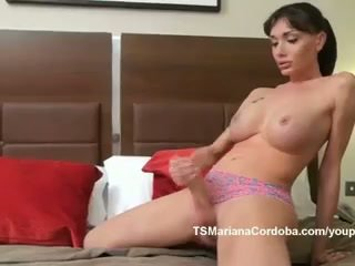 Hung Shemale Mariana Cordoba with a di...