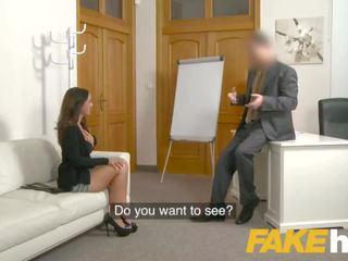 Fake agent spunk loving tattooed kontol di belahan dada babe claudia bavel di seks pencarian karakter