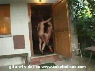 Roxana ardi e amica trombata 2 itālieši amatieri meitenes fucke