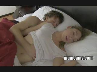 نوم سخيف موم