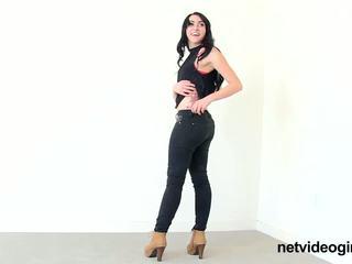 Netvideogirls xlyas calendar klausīšanās