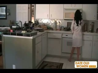 brunettes, ibu, dapur