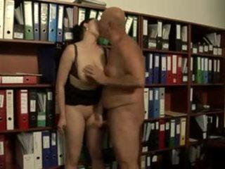 grote borsten, oude + young, italiaans