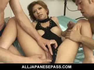 Minunat japonez fata akane hotaru takes two cocks la the