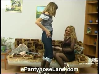 Maria 和 etta 臟 絲襪 運動
