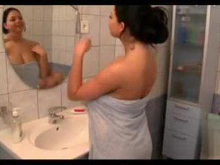 Malaki suso sa ang bath