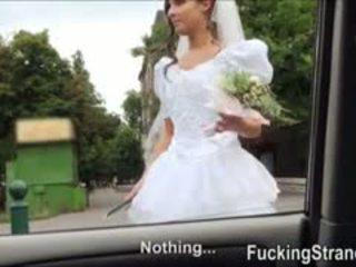 Dumped jeune mariée amirah adara ends jusqu'à baisée en la publc