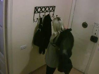 Real oculto cameras:cheating y follando caliente roommate