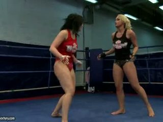 Aagell Summers And Kathia Nobili Excited Babe Wild Fight