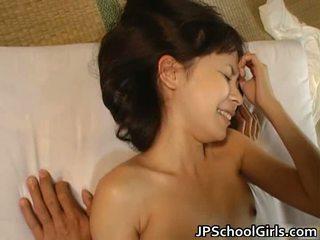 Japans jong schoolmeisje has seks
