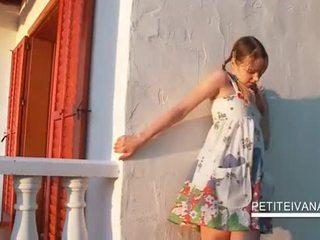 Smashing teenie shows her undies upskirt