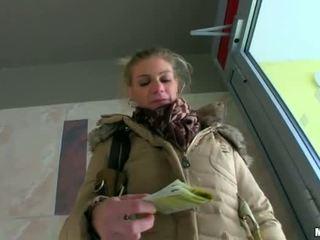 Seksi amaterke punca adele paid in nailed