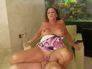 Wankz- mammīte margo sullivan sejas masāža, bezmaksas porno 63