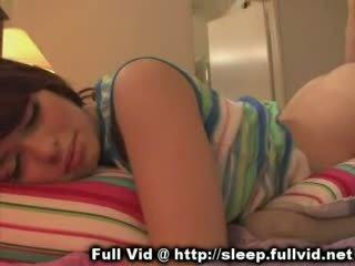 A dormir jovem grávida ejaculação na cara