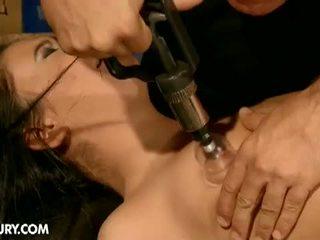 Dominated meninas: hooters morena escrava nilla endures dor para quente mestre