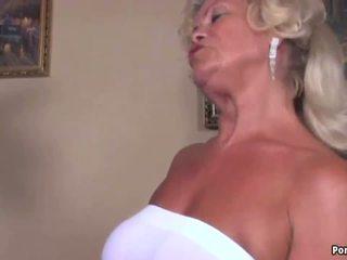 Oma screams während gefickt schwer, kostenlos hd porno 93
