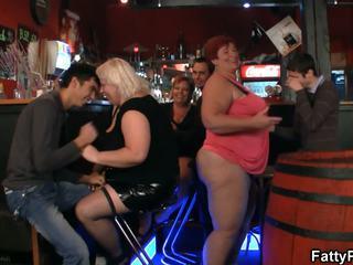 שמן קבוצה שמנומנת מסיבה: שמן שמנומנת הגדרה גבוהה פורנו וידאו 8c