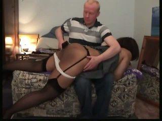 Juodas ponia spanked: nemokamai mušimas porno video f2