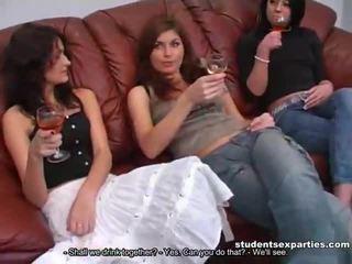 Mengen van movs van student seks parties