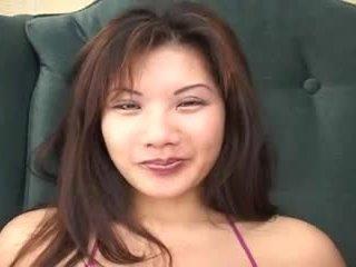 Vechi guy fucks o fierbinte tailandez fata jay
