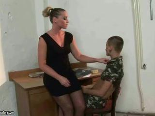 Pavēlniece kathia nobili punishing latina meitene