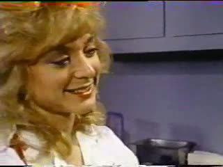Nina hartley treats pacient s kočička