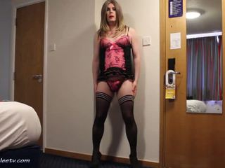 小便, 独奏, 女用贴身内衣裤
