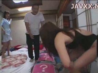 ناضج اليابانية فتاة rides ل stiff boner إلى الوصول لها النشوة