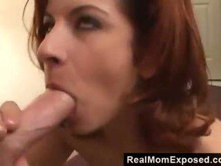 Sexy mam neuken de neighbour in een motel kamer