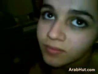 Arab ado fille suçage son boyfriends bite