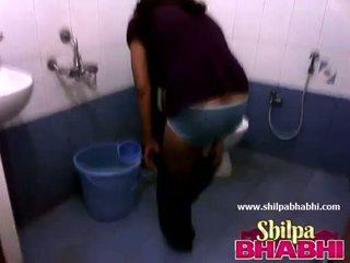 Indiano casalinga shilpa bhabhi caldi doccia - shilpabhabhi.com