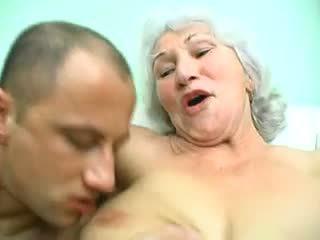 suur rind, vanaemad, matures
