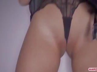 Diep anaal seks in een donker hotel kamer, gratis porno bc