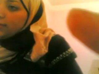 Arab vajzë gets fucked nga e bardhë guy jetoj @ www.slutcamz.xyz
