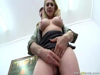 하드 코어 섹스, 큰 자지, 큰 가슴