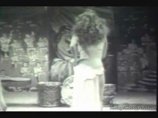 Vintage exotique dancer