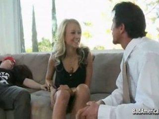Briana does 彼女の boyfriends お父さん